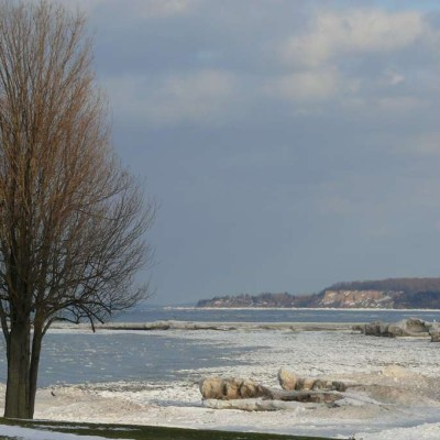 Come and visit the Carriage House Inn in winter, and see the beauty of Sodus Point in this season for yourself!